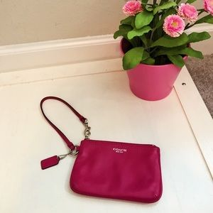 nwot Coach Limited Edition Raspberry Wristlet